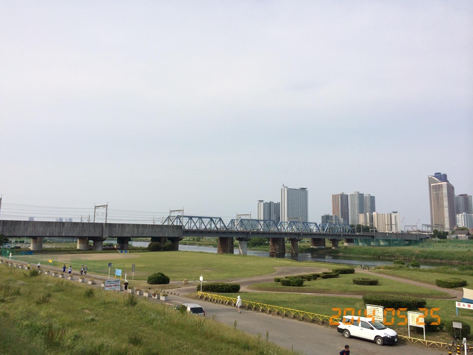 2014年5月25日多摩川土手